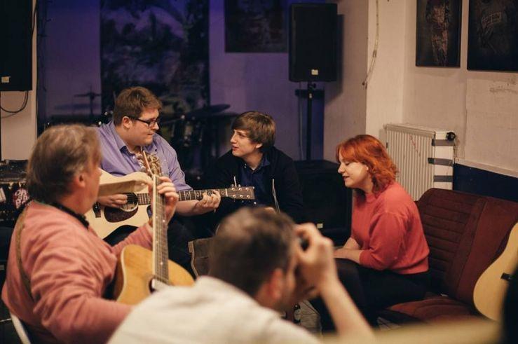 Akustik Session im Blauen Haus